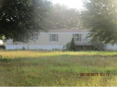 Foreclosure - Long Vue Dr, Picayune MS 39466