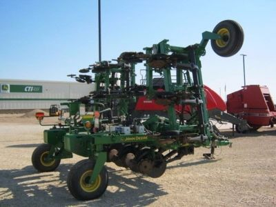 2013 John Deere 2510H Anhydrous Applicator