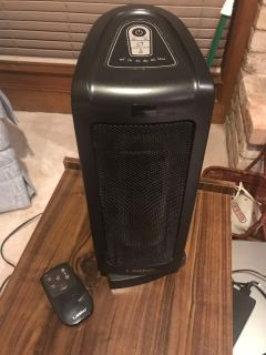 Lasko Oscillating Heater With Remote