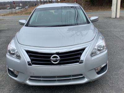 2015 Nissan Altima S (Silver)