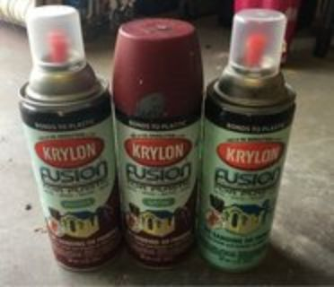3 can of spray paint burgundy