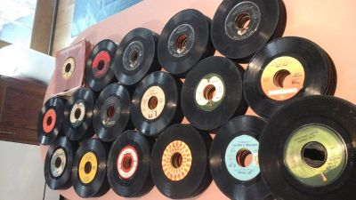 45 rpm records(378 pcs.)