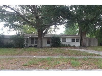 3 Bed 2 Bath Preforeclosure Property in Casselberry, FL 32707 - Elm Dr