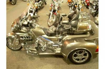 2004 Honda GL1800 GOLDWING AUDIO W/ HANNIGAN TRIKE KIT