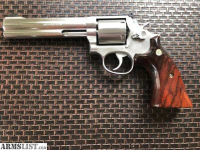 For Sale: Smith and Wesson 686-3, Unfluted Cylinder