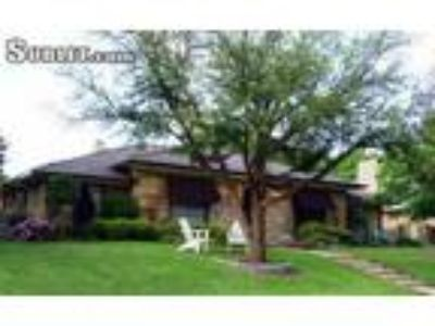 4 BR In Collin County