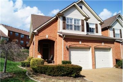Beautiful Townhouse Brentwood TN 3 bed 2 1/2 bath