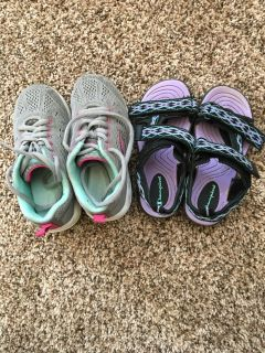 Sneakers & sandals size 11