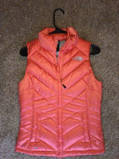 Barely worn XS Northface puffy vest!