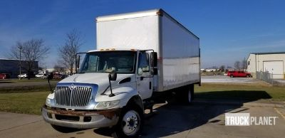2003 International 4200 Cargo Truck