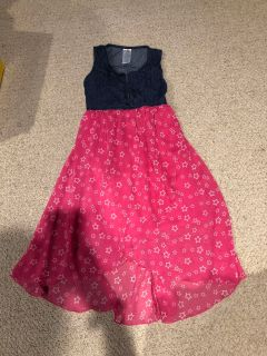 Super cute girls size 10/12 dress