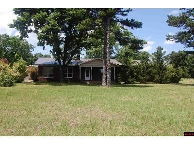 4 Bed 3 Bath Foreclosure Property in Locust Grove, AR 72550 - County Line Rd