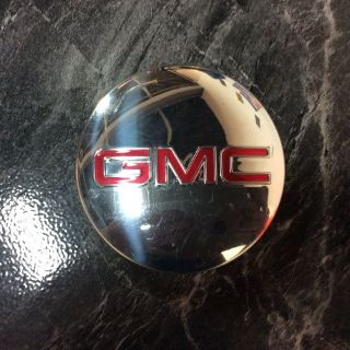 Sell ONE USED GMC CHROME CENTER CAP # 22837060 motorcycle in New Iberia, Louisiana, United States, for US $39.99