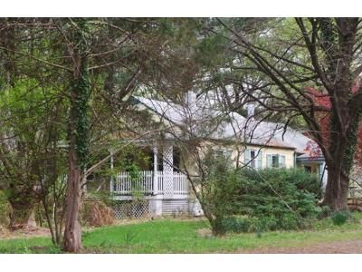 2 Bed 1 Bath Foreclosure Property in Purcellville, VA 20132 - Harpers Ferry Rd