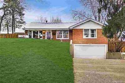 120 Arlington Avenue Franklin, Three BR Two BA home with