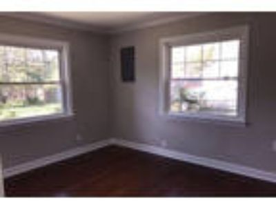 2 BR/1 BA home with large workshop. Washer/Dryer Hookups!