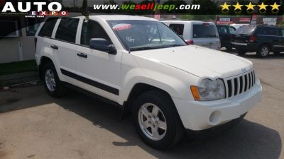 2005 Jeep Grand Cherokee Laredo (White)