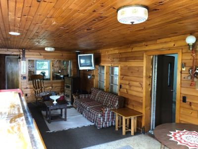 total remodel trailer located in ched mardo campsite on lake Ontario