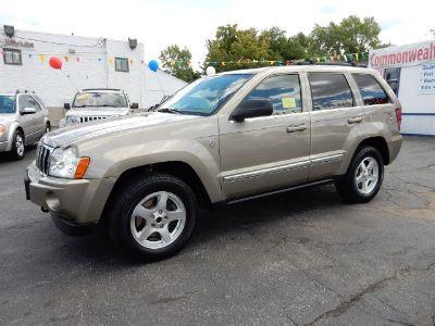 2005 Jeep Grand Cherokee Limited (Light Khaki Metallic)