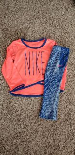 Toddler girl Nike outfit. Excellent Condition! Size 24 month
