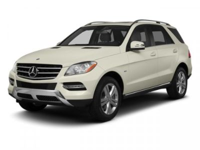 2013 Mercedes-Benz M-Class ML350 4MATIC (Diamond White Metallic)