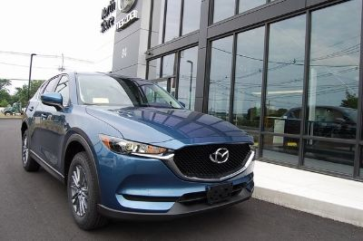 2018 Mazda CX-5 Sport (Eternal Blue)