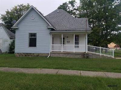 2 Bed 1 Bath Foreclosure Property in Jasonville, IN 47438 - S Horace St