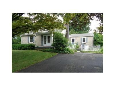 3 Bed 1 Bath Foreclosure Property in Bethel, CT 06801 - Lindbergh Street