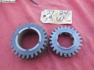 Porsche 911 transmission gear set (5th speed) W