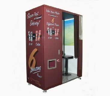 Traditional Photobooths & trailer