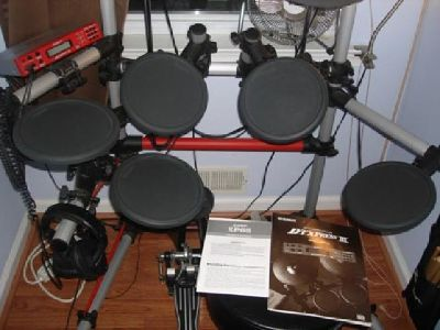$650 OBO Yamaha DTXpress 3 Electric Drumset