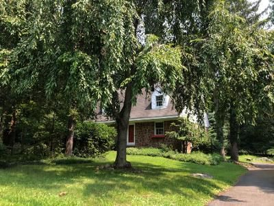 1.5 Bath Preforeclosure Property in Valley Cottage, NY 10989 - Kings Hwy