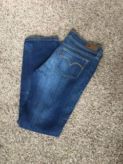 Levi s Demi Curve Low Rise Bootcut Skinny Jeans Size 13/31