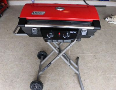 Coleman NXT 200 Portable Grill NEW