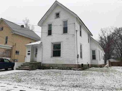 834 West 50th St Ashtabula Four BR, Welcome to 834 W.
