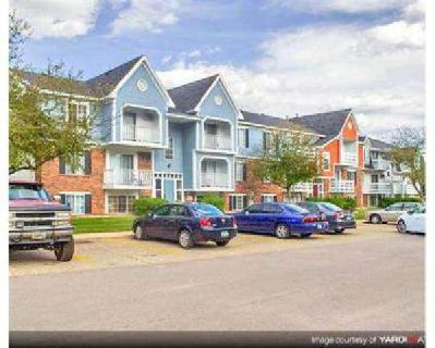 1 Bed - Walnut Trail & Newport Village Apartments