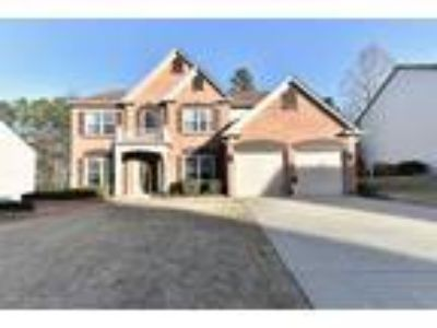 Gorgeous Suwanee Listing-Move In Ready!