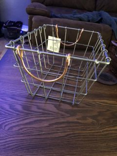 Silver wire baskets with rose gold handles new
