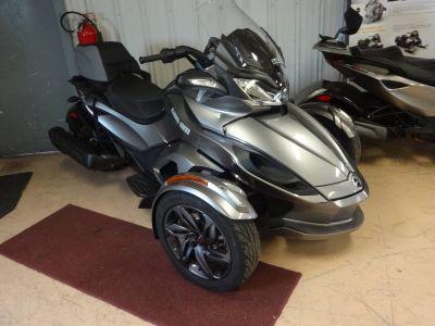 2013 Can-Am Spyder ST-S SE5 Trikes Motorcycles Zulu, IN