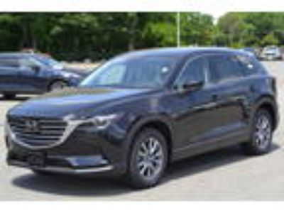 2018 Mazda CX-9 Touring AWD at [url removed]