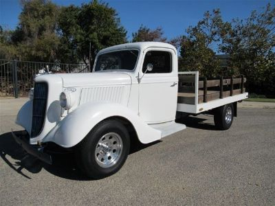 1936 Ford Model 68 Stakebed
