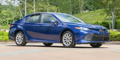 2019 Toyota Camry LE Automatic (Super White)