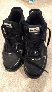 Nike football cleats size 6. 5