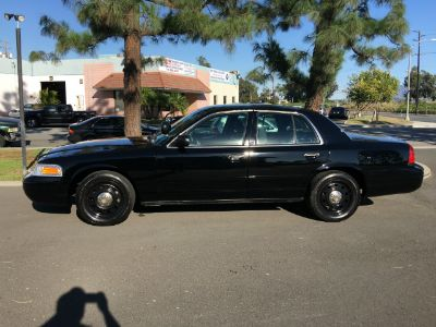 2007 Ford Crown Victoria Police Interceptor (Black/White)
