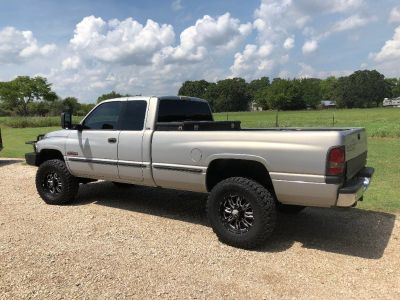 99 Dodge Ram 2500 4x4 SLT, LIFTED, Texas truck, 5.9 Cummins Diesel
