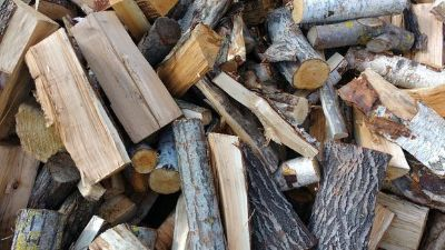Seasoned Red Oak and White Oak For sale!! Split and Delivered
