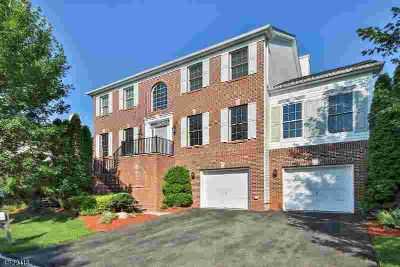 71 Independence Trl Totowa Four BR, Exquisite brick colonial