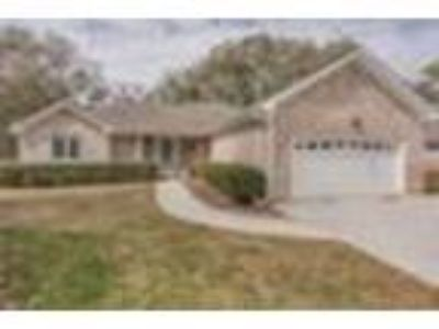 7401 Fern Valley Dr, Wilmington, NC