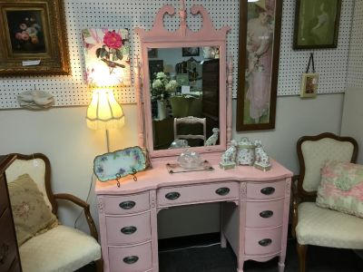 Vintage 1930 s Vanity-Painted w/Fusion Mineral Paint-English Rose