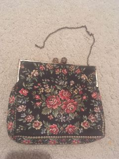 Darling lined dainty vintage clutch